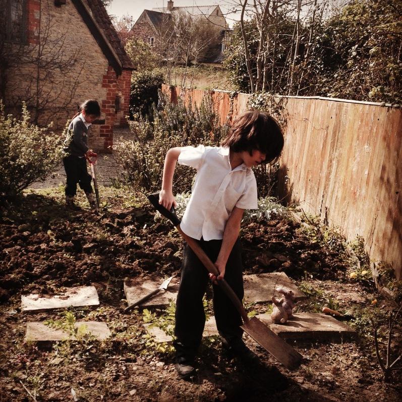 kids breaking ground