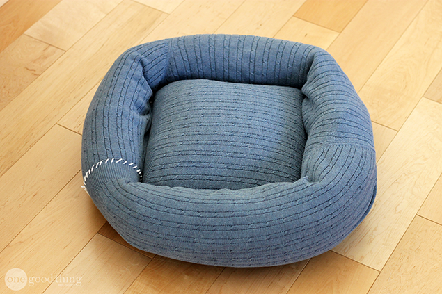 sweater dog cat pet bed