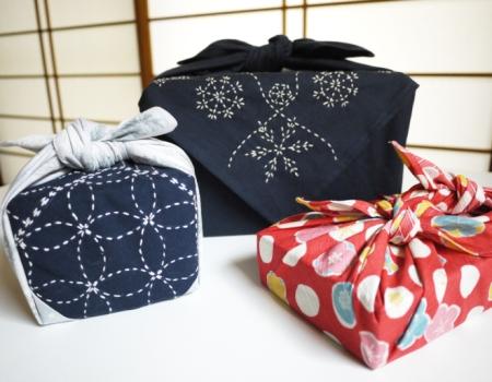 christmas-wrapping-ideas-furoshiki-fabric