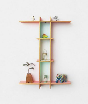 9-letter-shaped-shelves